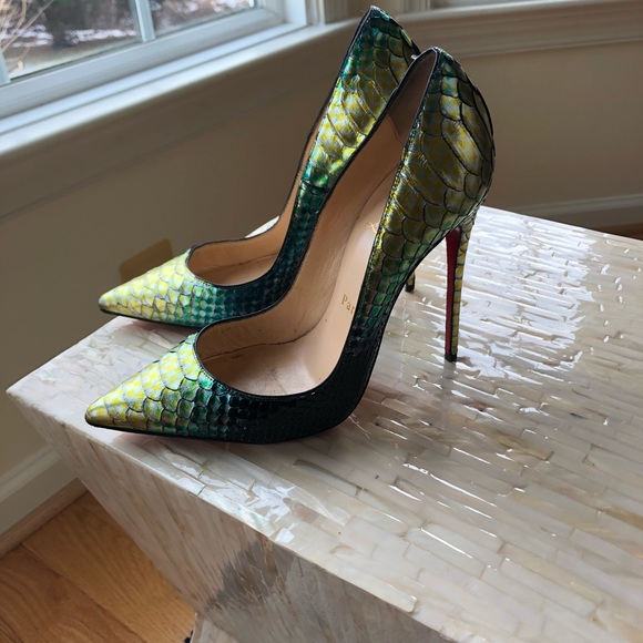 2c13e786cf58 Christian Louboutin Shoes - Christian louboutin So Kate mermaid pumps